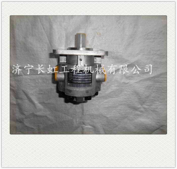 16Y-76-06000 转向泵